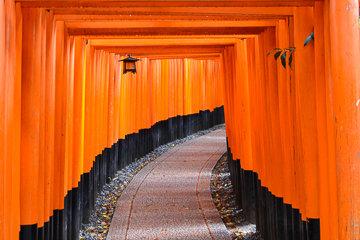 Fushimi Inari Shrine and Sake Brewery Tour
